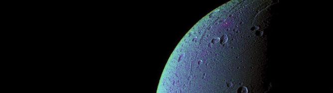 Znaleźli tlen w atmosferze jednego z księżyców Saturna